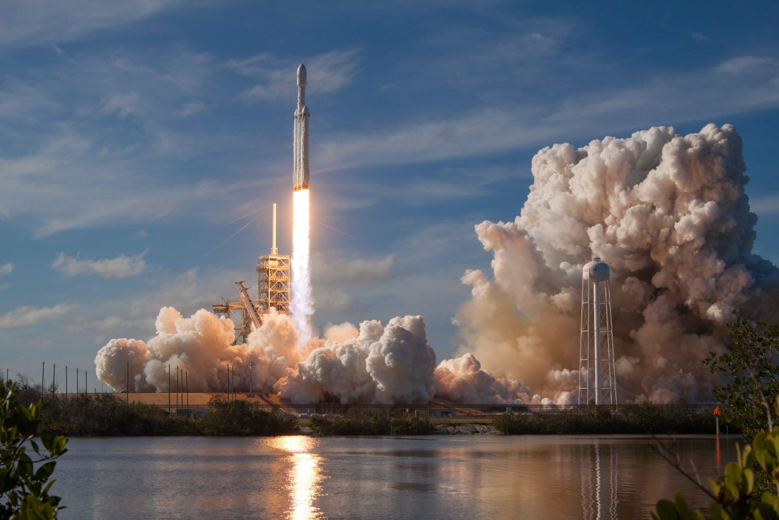 Get into Space with Power Automate and the EONET by NASA connector Microsoft Office 365 spacex OHOU 5UVIYQ unsplash